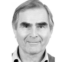 Augenexperte-Wolfgang-Haetscher-Rosenbauer